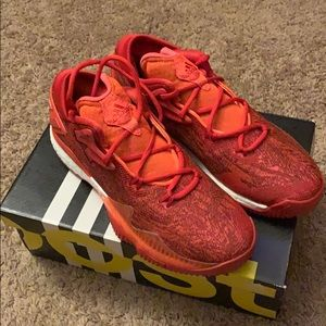 (Never Worn) Adidas Crazylight Boost Low 2016